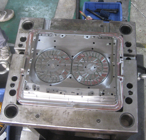 cooling pad mold